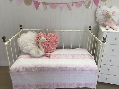 Girls Shabby Chic Juliet Pink White Cot Quilt Baby Nursery Crib Bedding Blanket