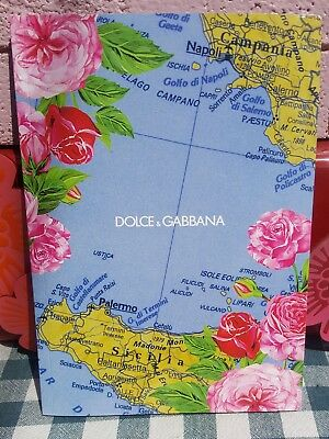 DOLCE & GABBANA Women Fashion Show - Spring Summer 2017 Look Book - 117 Pages