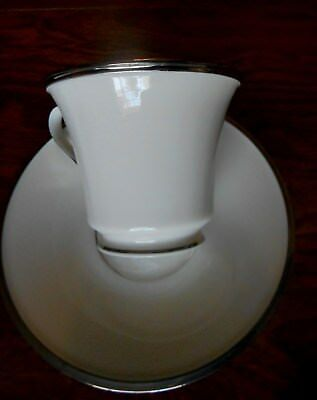 Lenox Solitaire China 5 Piece Place Setting White with Silver Rim