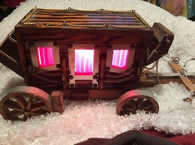 """""""Rare"""" Vintage  Wood Stagecoach Carriage Lamp VERY UNIQUE"""