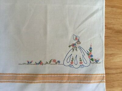 Vintage hand embroidered hand / guest towel - Crinoline Lady