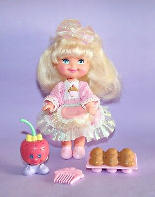 MATTEL Cherry Merry Muffin Doll Puppe with Flavour Friend Cherry Sweet 1988