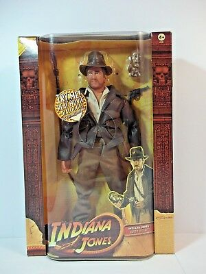"Hasbro Indiana Jones 12"" action Figure Boxed. WITH MOVIE DIALOGUE-2008"