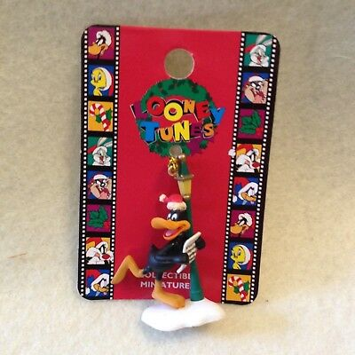Looney Tune Mini- Ornament By Matrix Daffy Duck