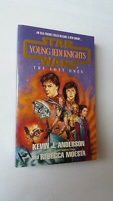 Young Jedi Knights The Lost Ones - Star Wars - book - Collectables