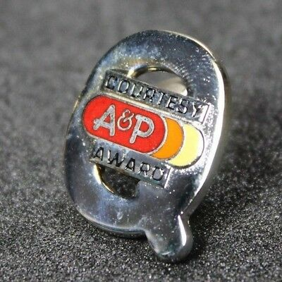 Vintage enamel A&P Supermarkets courtesy award Q Pin, from P's and Q's era