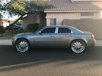 "2006 Chrysler 300 Series  chrysler 300c/custom 26"" red sport rims professionally done rebuild HEMI CLEAN"