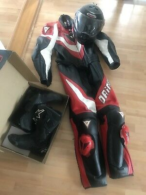 Well-maintained motorcycle suit! + HELM + SHOES