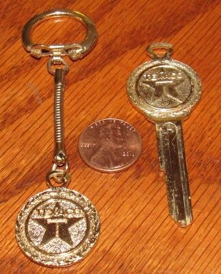 Vintage Texaco Uncut Key (Type A) and Keychain