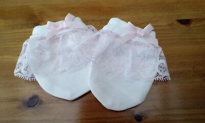 baby girls white scratch mitens with pink lace and pink bows size  newborn new