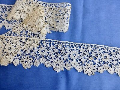 Antique Victorian Irish Carrickmacross guipure lace trim edging
