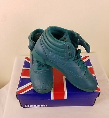 884857aa54f Reebok Vintage Freestyle Women s High Top Shoes Size 7.5 Lagoon Green!