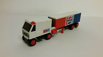 Vintage Tente Pepsi Cola Truck Construction Model 223 Hasbro