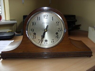 Bravingtons mantle clock, good condition, good working order