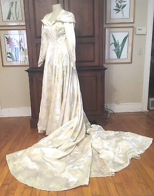 Vintage 1940's Ivory Floral Brocade Wedding Dress, Long Train, S/m,  Gvc