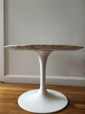 """Saarinen Low Side Table by Knoll - 14"""" H x 20"""" D - Arabescato Marble (Satin)"""