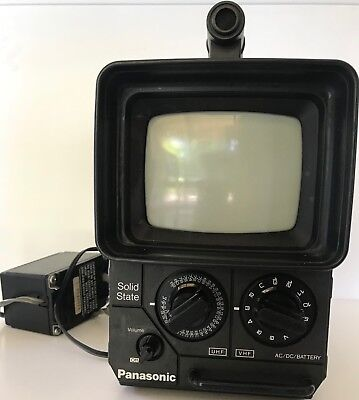RARE & VINTAGE - Panasonic TR-555 Portable B/W TV 1976 + Wall Adapter