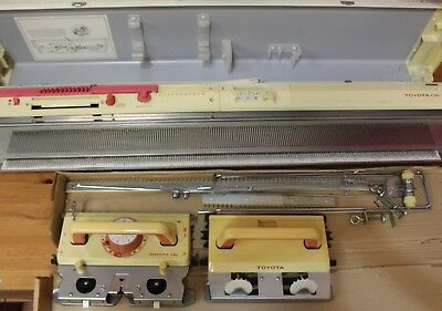 Toyota KS858 Knitting Machine + Carriages - 209