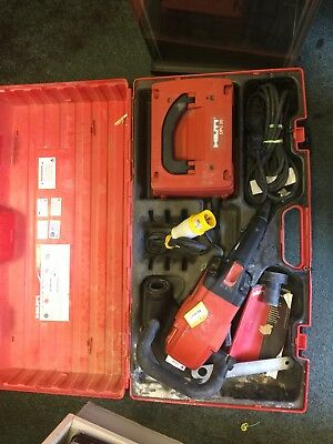 Hilti DG150  With Power Pack. Very good condition all round. Over £2000 new.