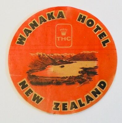 "Vtg Wanaka Hotel New Zealand Luggage Label Decal 4.5"" Round Travel Wanderlust"