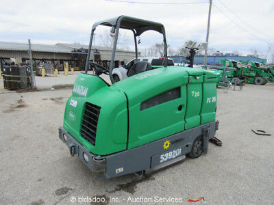 "2012 Tennant T20 Ride-On 56"" Industrial Sweeper Scrubber 2.0L Mitsubishi bidadoo"
