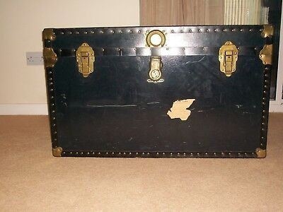 Vintage travelling/steampunk chest/trunk
