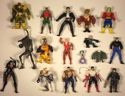 Vintage Lot of 17 Action And Play Figures Mixed 1B