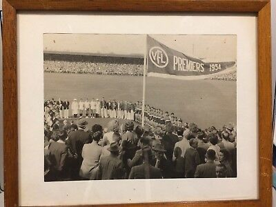 VFL FOOTSCRAY 1954 PREMIERS - original photo!!