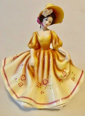 """sunday Best"" - Exquisite Royal Doulton Figurine - Pretty Ladies  - Mint"