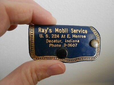 Ray's Mobil Service / Decatur, Indiana -- Leather MOBIL Keyring