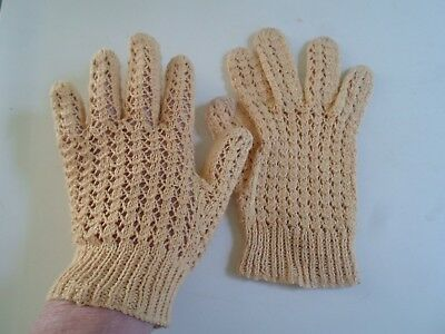 Vintage Retro Knitted Lacy Design Gloves Pale Mustard Shade SMALL Size   §DM20