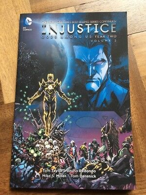 Injustice: Vol 2: Gods Among Us Year Two (Paperback, 2015) < 9781401258504