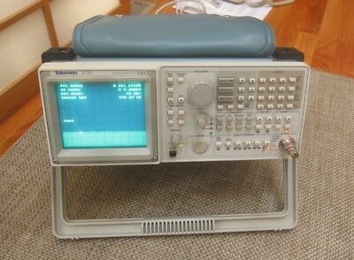 Tektronix 2715 Spectrum Analyzer, 9 kHz to 1.8GHz