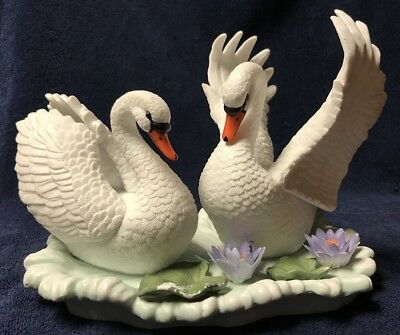 Westminster Collection Pair Of Swan Figures Porcelain