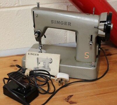 Vintage Singer 286K Electric Portable 3/4 Size Sewing Machine & Case - 223