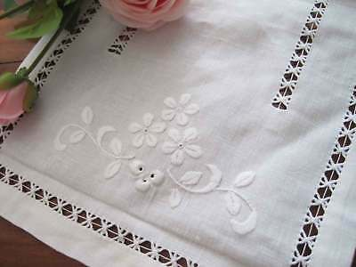 Vintage Style Hand Flower Embroidery Hemstitch White Linen Table Runner