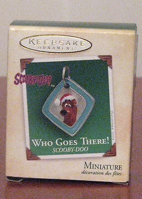 """Hallmark Miniature Ornaments: """"Who Goes There! Scooby Doo"""" Dated 2004 MUB"""