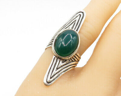 925 Sterling Silver - Green Chalcedony Gemstone Solitaire Ring - R1521