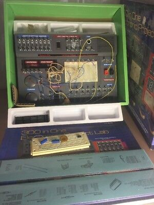 SCIENCE FAIR / Radio Shack 300 IN ONE PROJECTS Advanced Electronics ...