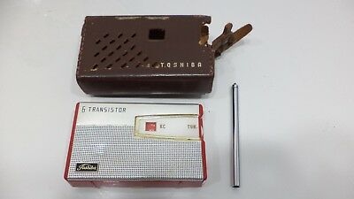 Vintage TOSHIBA 6 Transistor Radio 6TP-385 Red & White with Leather Case