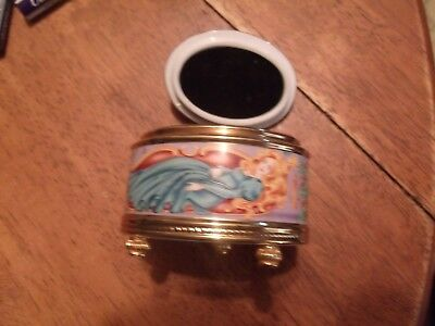 Vintage FRANKLIN MINT Sleeping Beauty HOUSE OF FABERGE...MUSIC BOX