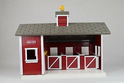 Breyer Model Horse Stablemate Scale Red Stable Barn Plastic