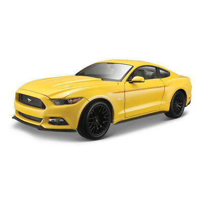 Maisto 1:18 Ford Mustang Coupe 2015 Yellow