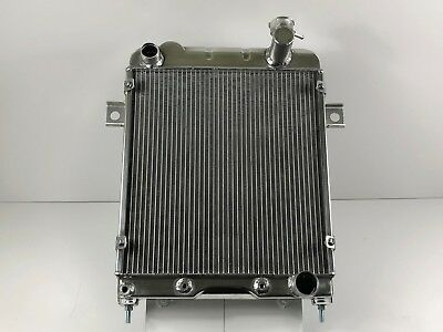 Daimler V8 alloy radiator by Radtec