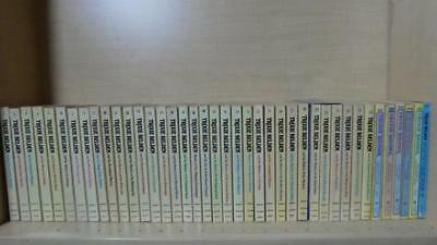 Julie Campbell, Kathryn Kenny -Lot Of 40 Books- Trixie Belden Books 1-39, Quiz 1