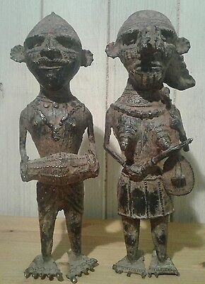 2 antique Indian patinated brass/bronze tribal musician figures