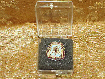 United Brotherhood of Carpenters & Joiners 35 Year Enamel Service Pin !!!