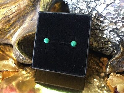 Gorgeous natural Malachite 4mm cabochon sterling silver stud earrings 💚