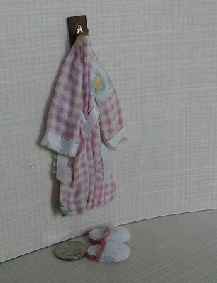 Dollhouse Miniature Ladies Pink Fower Robe on hook & fluffy slippers 1:12 scale