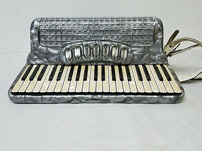 Vintage Vinny Roberts Classic 7 Full Size 41/120 Piano Accordion